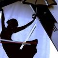 Фотографии Часы Девушка с зонтиком (образец)