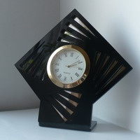 Настольные часы для компаний